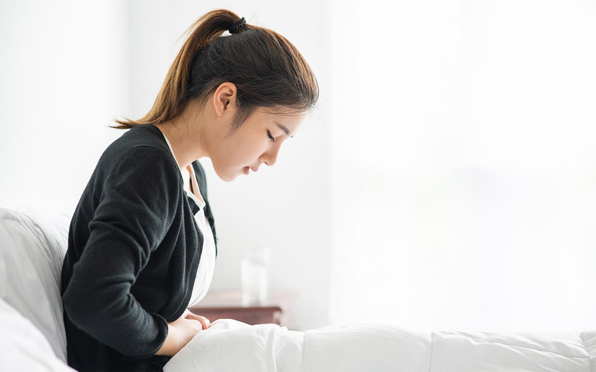 經痛、生理痛 讓你好難受嗎?經常熱敷讓子宮保暖,可以利用按摩器的溫熱功能天天保養,也可以搭配震動、揉捏功能舒緩其他經期不適。