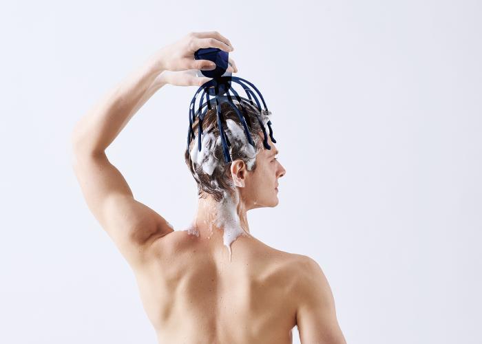 頭皮按摩器推薦|頭痛怎麼辦?二代章魚音波頭皮按摩器可以舒緩頭痛不適、放鬆頭部壓力。